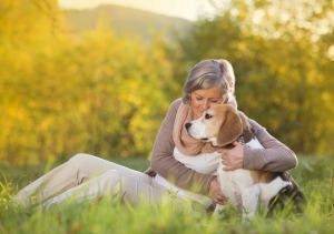Home Care Boca Raton FL - Dog or Cat? Which is Best For Your Lonely Parent?